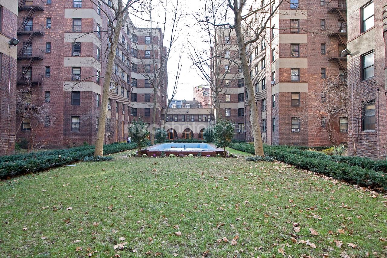 The Amalgamated Dwellings 504 Grand Street B-31 Lower East